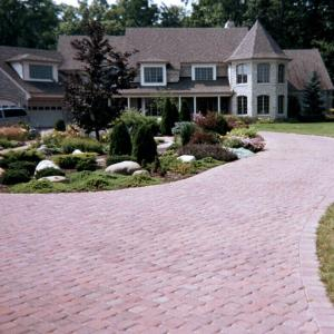 Hessit Works Inc. - Concrete Pavers - Dutch Cobble
