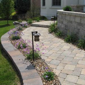 Hessit Works Inc. - Concrete Pavers - Lancaster - Walks