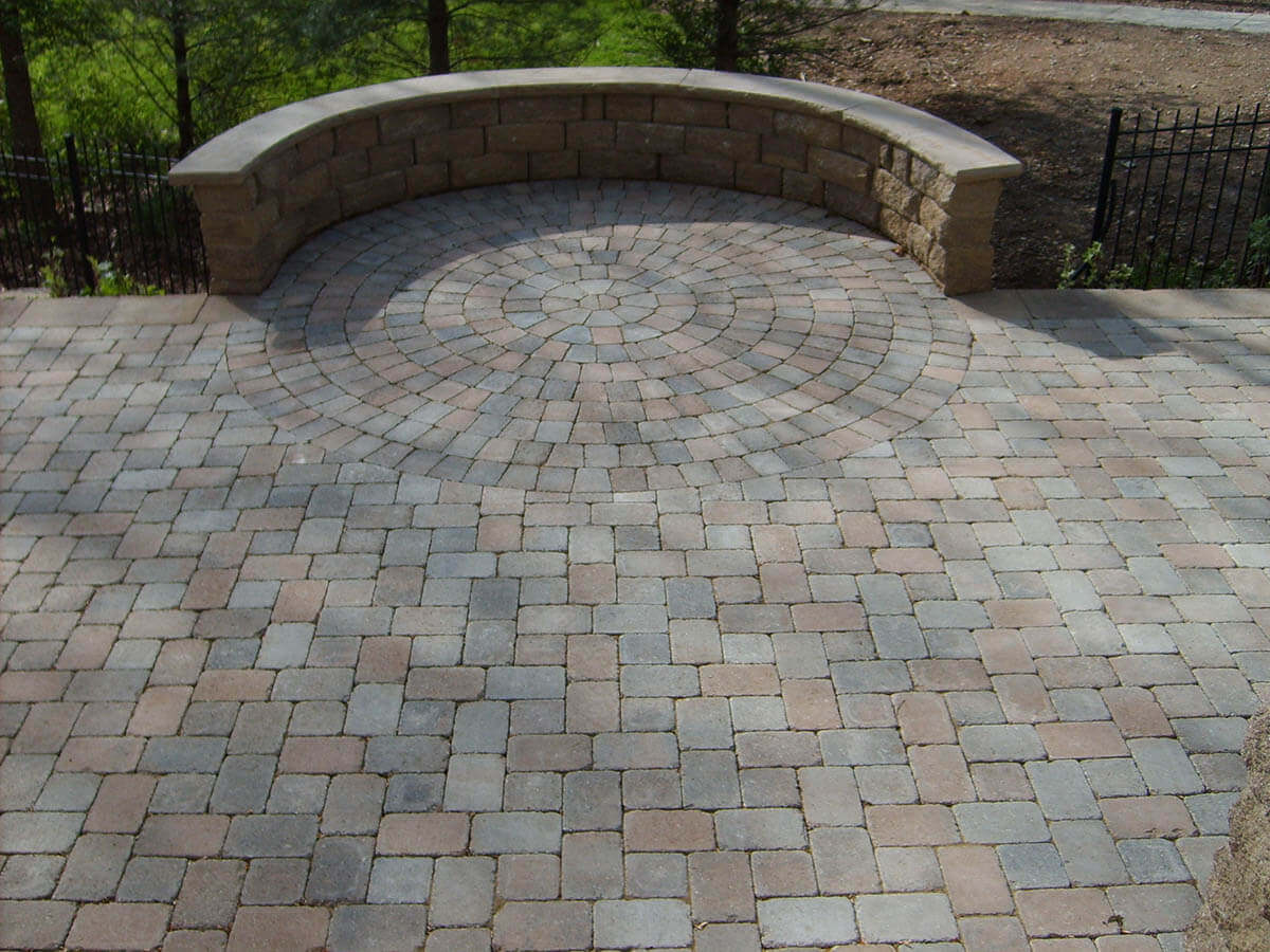Hessit Works Inc. - Tumbled Pavers - Bavarian - Lakeshore